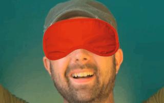 Michael mit Augenbinde